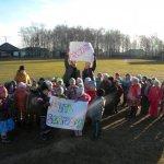 День гимнастики в Сосьве отметили массовой зарядкой (ВИДЕО)