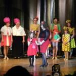 Семья Балакиных - мама Марина и 6-летняя Алена - получили приз зрительских симпатий! Фото предоставлено Управлением по делам культуры, молодежи и спорта администрации Сосьвы.
