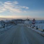 """Восстанавливают понтонный мост, снесенный нынешним ледоходом и паводком. Фото: архив сайта """"ПроСосьву.ru""""."""