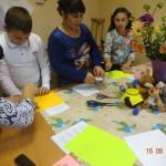"""На """"Уроках добра"""" в игровой форме дети учились рассуждать о добрых поступках, помогая друг другу."""