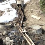 В Год экологии в поселке Восточный бьет фекальный гейзер. Видео