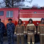 В Сосьве пожарные потушили 12 квартирный дом и вывели из огня 17 человек Все фото :пресс-служба ГУФСИН России по Свердловской области.