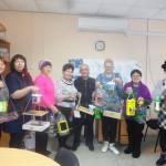 Старшее поколение клуба «Активный гражданин» Комплексного центра социального обслуживания вновь собралось для доброго дела. Все фото предоставлены Ларисой Греф.