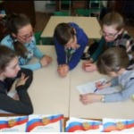 В Доме детского творчества поселка Восточный прошла военно-спортивная игра «Патриоты России». Фото предоставлено Ириной Замараевой.